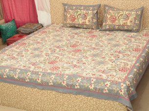 Colorful Bedding Set Printed Design with 2 Pillow Set..