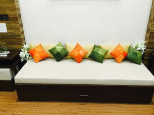 Wholesale Rate Fancy Cushion..