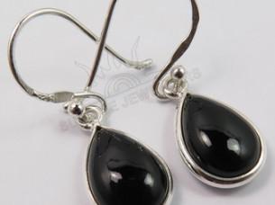 Elegant Hot Fashion Earrings Natural BLACK ONYX Pear Gemst..
