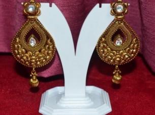 Latest Design Partywear Fashion Earrings..