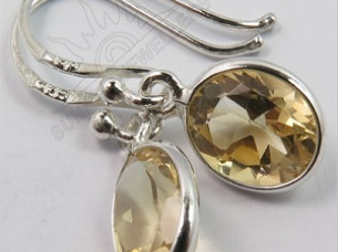 Amazing Genuine Fire CITRINE Gemstones Cute Little Earring..