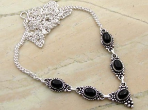 Genuine Amethyst & 925 Sterling Silver Necklace..