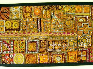 BOHO INDIAN ANTIQUE PATCH WORK THROW WALL HANGING..