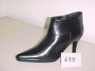 Wholesale genuine Leather Fashion Ladies cow girls boots..