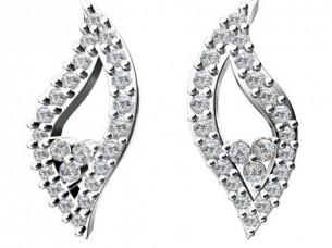 14Kt Gold 0.80 Ct Diamond Studded Unique Design Earring..