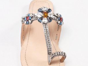Hot Selling Girls Sandals..