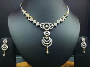 18K Diamond Necklace Set..