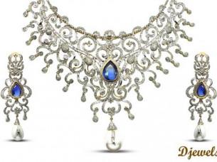 Blue Stone Studded Gold Necklace Set..