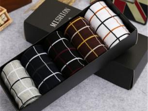 Mens New Fashion Cotton Knitting Short Socks..