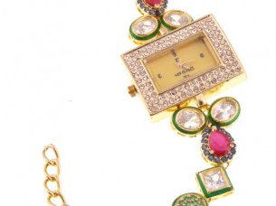 Kundan Analog Gold Dial Womens Watch WTH13..