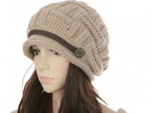 Womens Fashion Thermal Knitted Winter Hats..