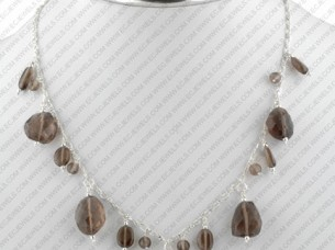 Beaded Necklace Fashion Jewelry..